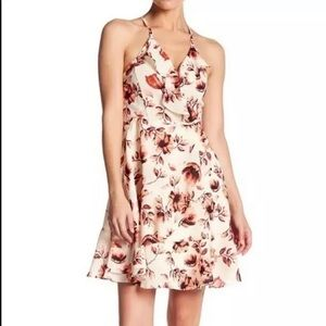Romeo + Juliet Couture Floral Ruffled Dress